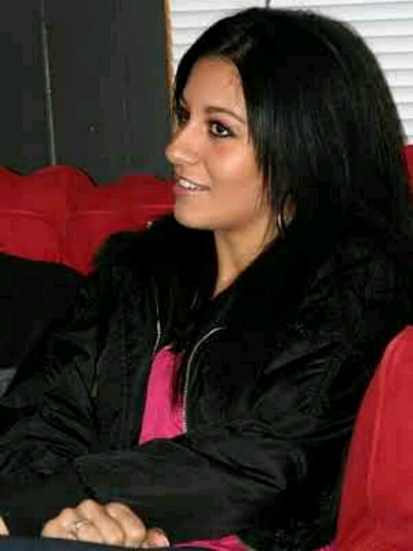 Scammers with pictures of Raven Riley 0e0I3Qd1gFl3ymYX8YEmwIBv8YCEFLh5x6AN2gpBV9pyWqA_bvZlnUTakaKaQoUa